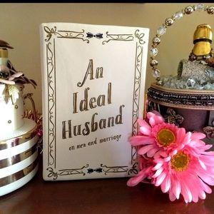 "👰RARE💍Kate Spade ""An Ideal Husband"" Book Clutch"